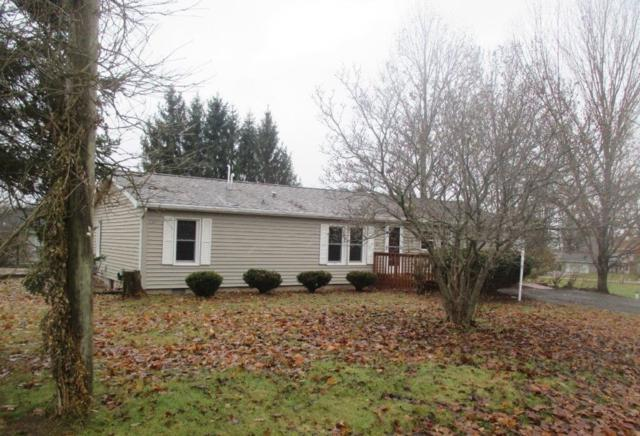 9421 E Magnolia Lane, Cromwell, IN 46732 (MLS #201852570) :: The ORR Home Selling Team