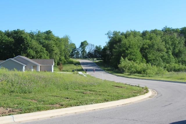 2267 Highlander Drive, Warsaw, IN 46580 (MLS #201905072) :: Aimee Ness Realty Group