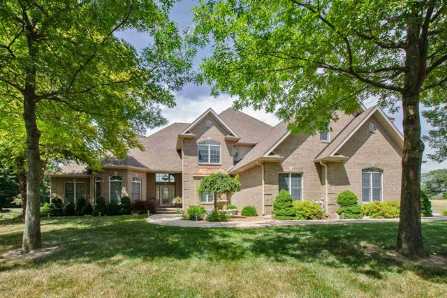 1402 Sugar Water Court, Russiaville, IN 46979 (MLS #201913291) :: The Carole King Team