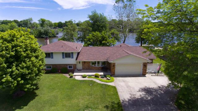 55906 Channel View Drive, Elkhart, IN 46516 (MLS #201921137) :: Parker Team