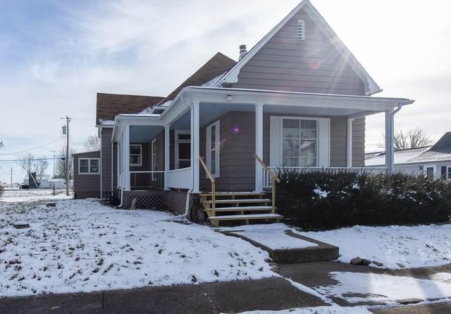 303 S Jefferson Street, Pine Village, IN 47975 (MLS #202005525) :: The Romanski Group - Keller Williams Realty