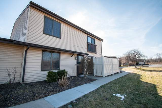 2101 Bayside Court, Fort Wayne, IN 46804 (MLS #202006121) :: The ORR Home Selling Team