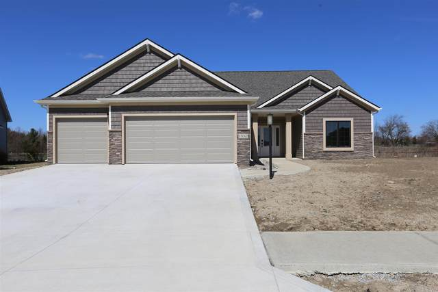 15012 Leo Creek Boulevard, Leo, IN 46765 (MLS #202008428) :: TEAM Tamara