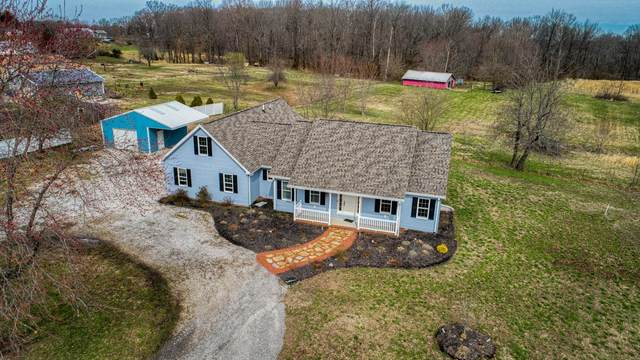 12478 E 100  South Road, Oakland City, IN 47660 (MLS #202009767) :: The Dauby Team