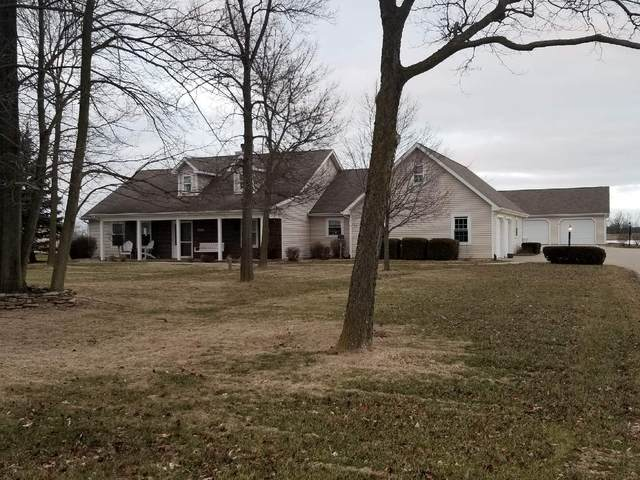 1137 E Monroe Street, Decatur, IN 46733 (MLS #202009899) :: The ORR Home Selling Team