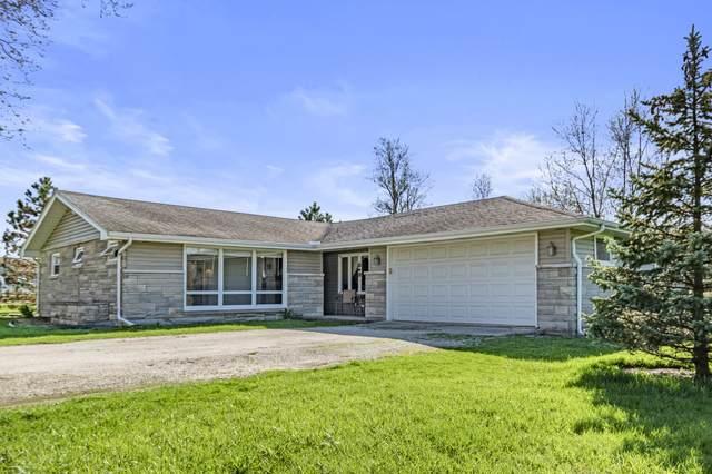 8909 N Lakewood Drive, Muncie, IN 47303 (MLS #202012582) :: The ORR Home Selling Team