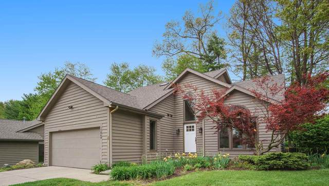17849 Amberwood Lane, South Bend, IN 46635 (MLS #202018727) :: Parker Team