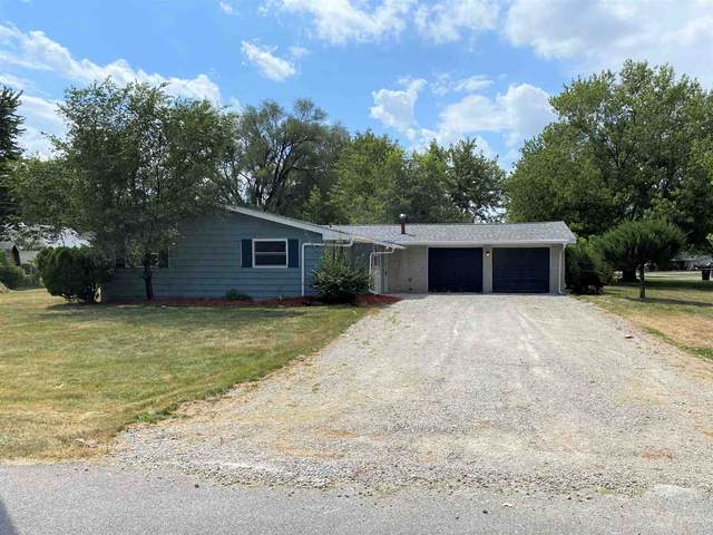 2726 Castle Drive, Fort Wayne, IN 46816 (MLS #202030336) :: Hoosier Heartland Team | RE/MAX Crossroads