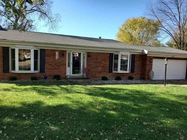 8303 Oak Drive, Newburgh, IN 47630 (MLS #202032262) :: Anthony REALTORS