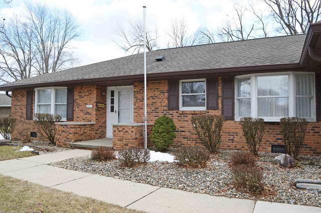 607 Candlewood Drive, Marion, IN 46952 (MLS #202034324) :: Aimee Ness Realty Group