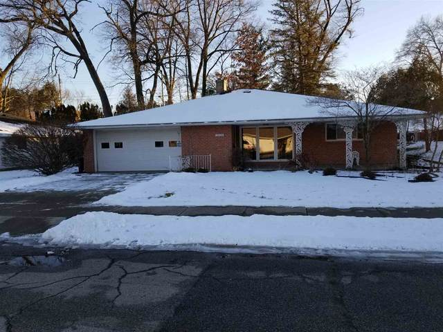 2428 Club Drive, South Bend, IN 46615 (MLS #202037942) :: Aimee Ness Realty Group