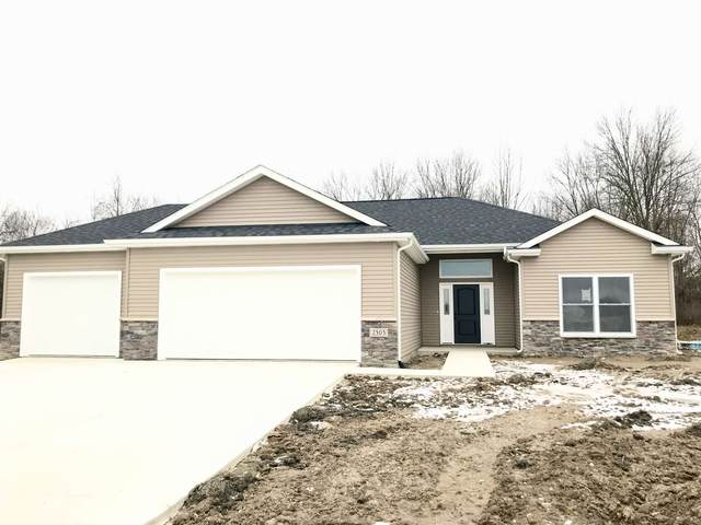 2303 Hamlet Court, Fort Wayne, IN 46818 (MLS #202039065) :: The Natasha Hernandez Team