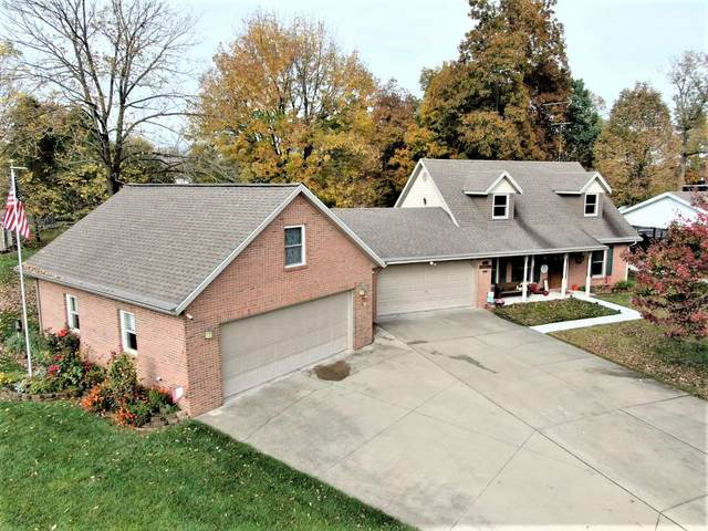 668 W Melchoir S Drive, Santa Claus, IN 47579 (MLS #202042668) :: The Harris Jarboe Group | Keller Williams Capital Realty
