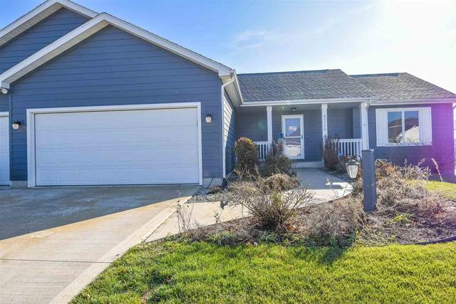 5220 Chablis Court, Fort Wayne, IN 46845 (MLS #202044461) :: RE/MAX Legacy