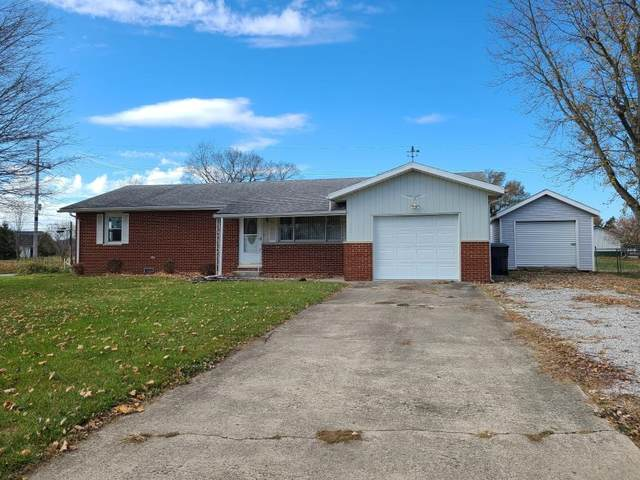 900 N Delaware Street, Albany, IN 47320 (MLS #202045331) :: The Romanski Group - Keller Williams Realty