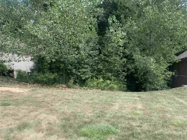 1782 Hunters Cove Circle, Kokomo, IN 46902 (MLS #202049350) :: JM Realty Associates, Inc.