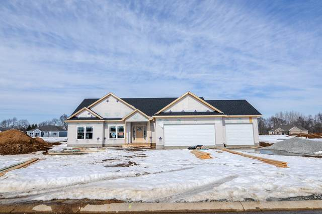1087 E Dresdin Drive, Warsaw, IN 46580 (MLS #202102529) :: Aimee Ness Realty Group