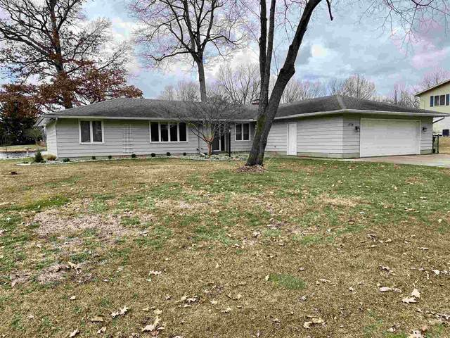 1504 W Heckathorn Drive, North Manchester, IN 46962 (MLS #202105165) :: The Romanski Group - Keller Williams Realty