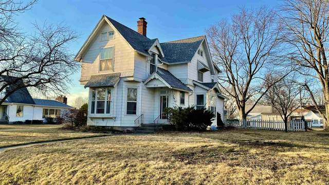 510 W Broadway Street, Monticello, IN 47960 (MLS #202107287) :: The Carole King Team