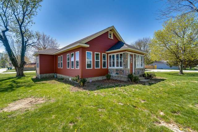 521 E Jackson Street, Mulberry, IN 46058 (MLS #202112747) :: Aimee Ness Realty Group
