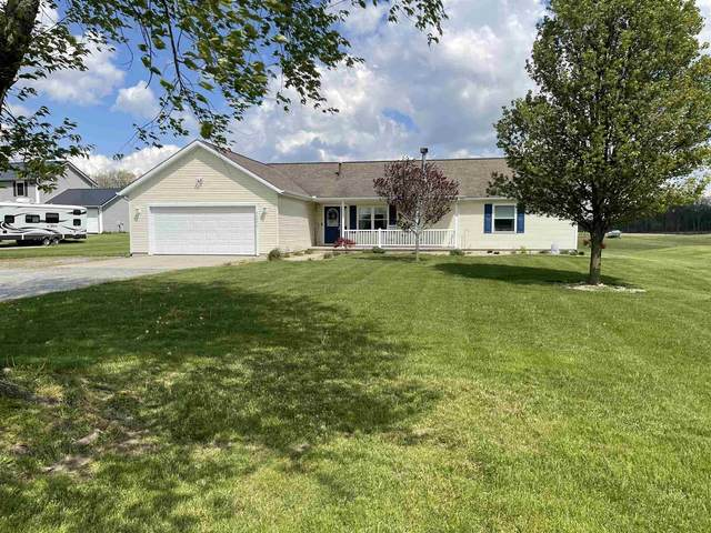 6640 N 300 W, Fremont, IN 46737 (MLS #202116293) :: TEAM Tamara