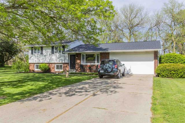 10107 Carriage Drive, Plymouth, IN 46563 (MLS #202119223) :: Parker Team