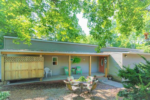 8347 S Fairfax Road, Bloomington, IN 47401 (MLS #202128695) :: Aimee Ness Realty Group