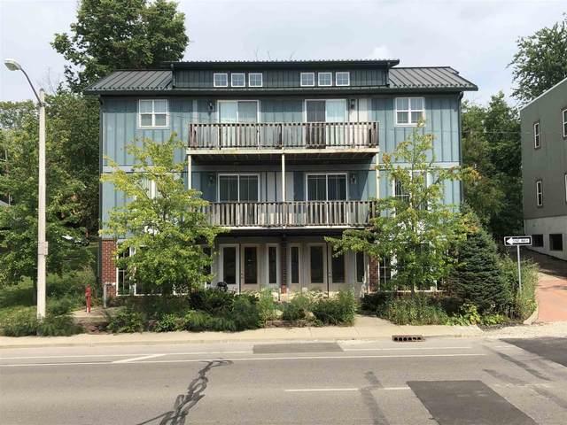 1116 N Walnut Street, Bloomington, IN 47404 (MLS #202130913) :: The ORR Home Selling Team