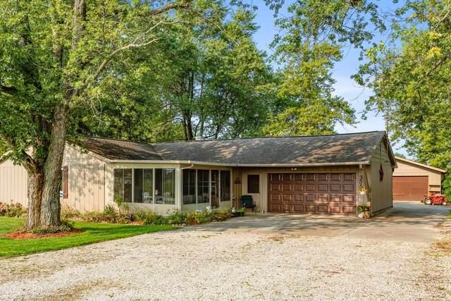 3551 S Bell Creek Road, Yorktown, IN 47396 (MLS #202135984) :: The ORR Home Selling Team