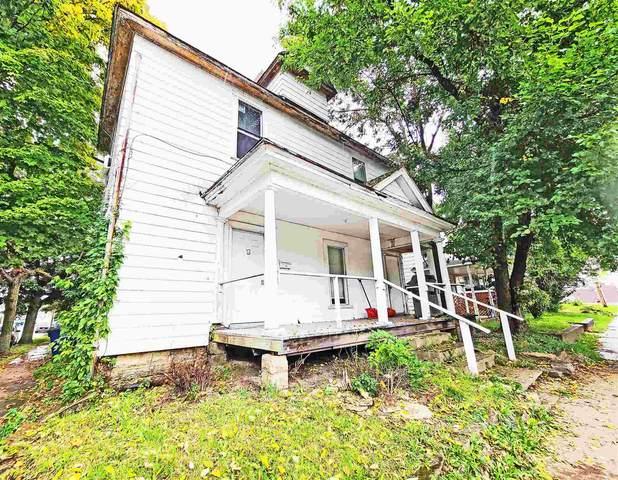 101 S Nebraska Street, Marion, IN 46952 (MLS #202141605) :: The Romanski Group - Keller Williams Realty