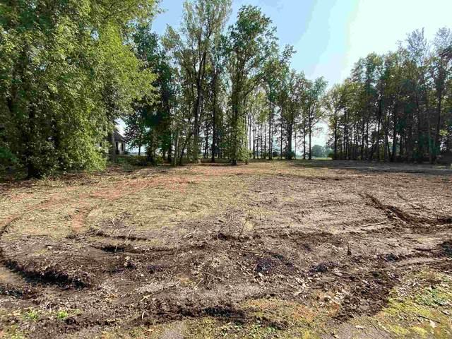 Hunter Ridge Ct, Lot 7, Monticello, IN 47960 (MLS #201517495) :: The Carole King Team