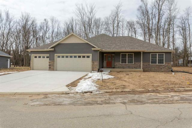 50941 Forest Lake Trail, South Bend, IN 46628 (MLS #201845560) :: Parker Team