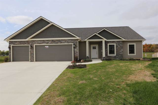 13798 Saddle Creek Lane, Grabill, IN 46741 (MLS #201935202) :: The Dauby Team