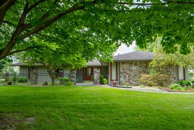 6231 Crown Court, South Bend, IN 46614 (MLS #202005777) :: The ORR Home Selling Team