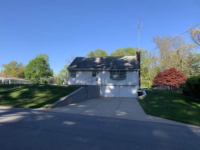 51420 Outer Drive, South Bend, IN 46628 (MLS #202117574) :: Parker Team
