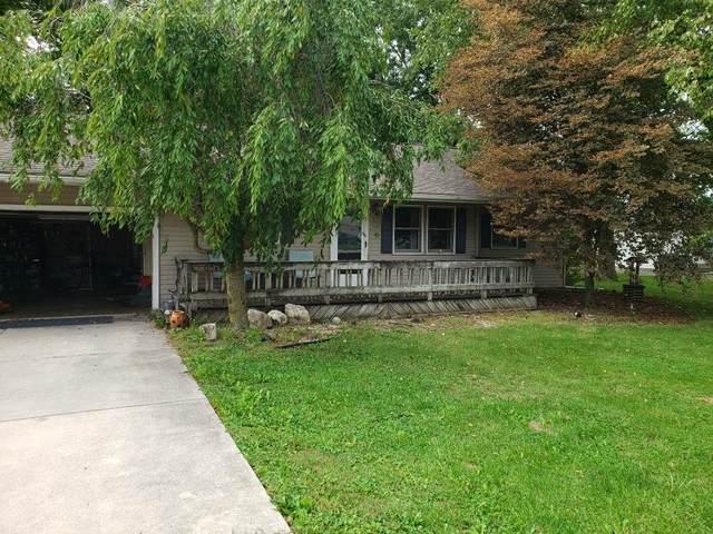 703 S Dixon Road, Kokomo, IN 46901 (MLS #202135422) :: The Romanski Group - Keller Williams Realty