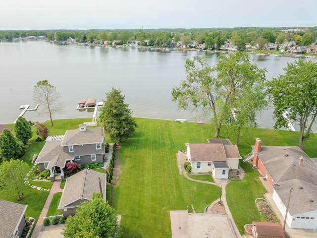 621 E Northshore Drive, Syracuse, IN 46567 (MLS #201903294) :: Parker Team
