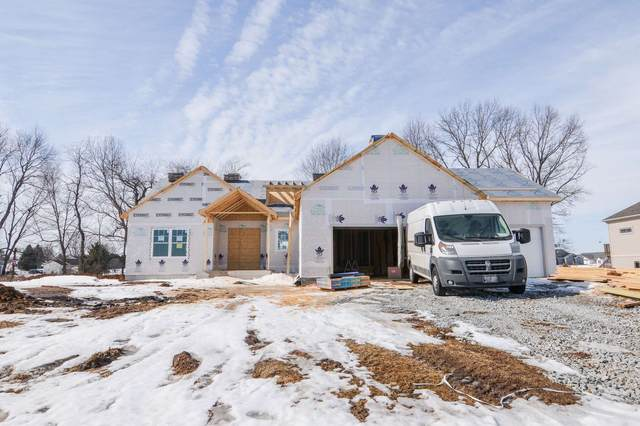 2851 E Lake Tahoe Trail, Warsaw, IN 46582 (MLS #202044690) :: Aimee Ness Realty Group