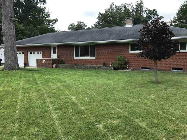 1001 S Harkless Drive, Syracuse, IN 46567 (MLS #202128681) :: Hoosier Heartland Team | RE/MAX Crossroads