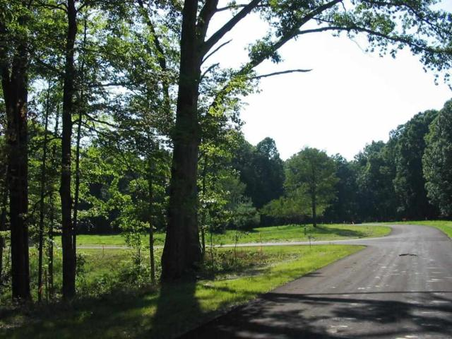 2106 Guinness Ct Lot 5, Bloomington, IN 47408 (MLS #201430130) :: Parker Team