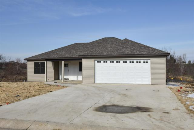 813 Fairhaven Court, Angola, IN 46703 (MLS #201835915) :: Parker Team