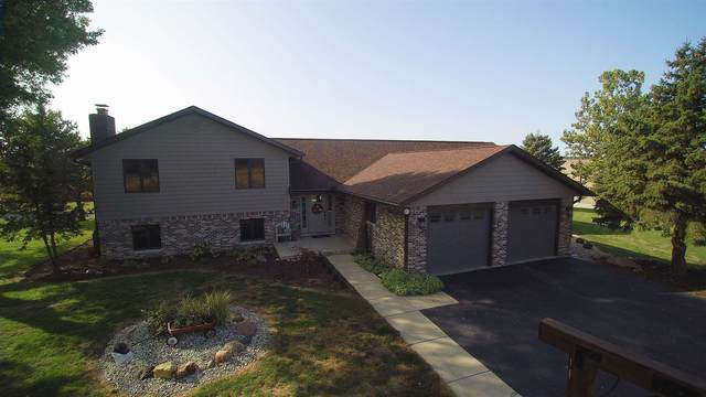 5584 S State Road 19, Peru, IN 46970 (MLS #202036324) :: The Romanski Group - Keller Williams Realty
