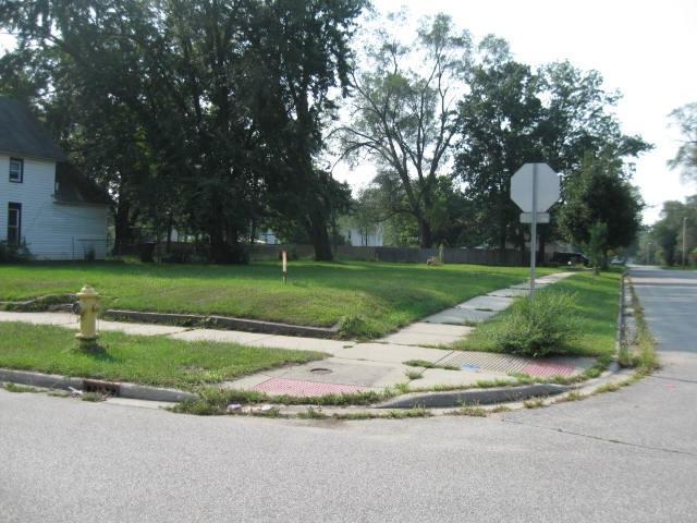1035 Garfield Avenue - Photo 1