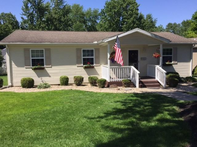 115 W Elm St, Flora, IN 46929 (MLS #201724701) :: The Romanski Group - Keller Williams Realty