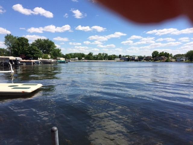 230 Lane 206 Fox Lake, Angola, IN 46703 (MLS #201728168) :: TEAM Tamara