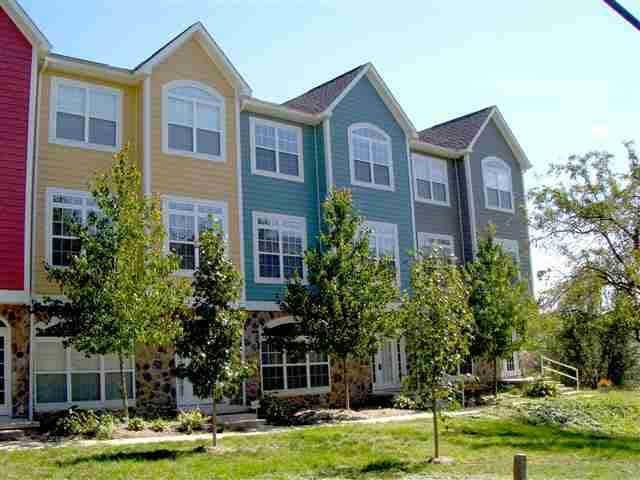 408 - 4 Catherwood Drive #4, West Lafayette, IN 47906 (MLS #201728515) :: The Romanski Group - Keller Williams Realty