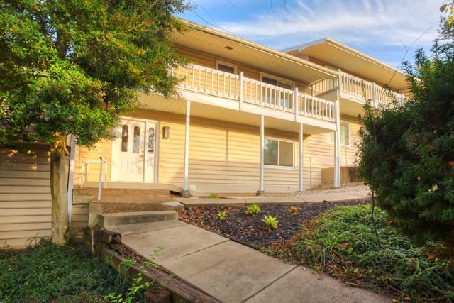 11535 Village Drive, Evansville, IN 47725 (MLS #201746747) :: The ORR Home Selling Team