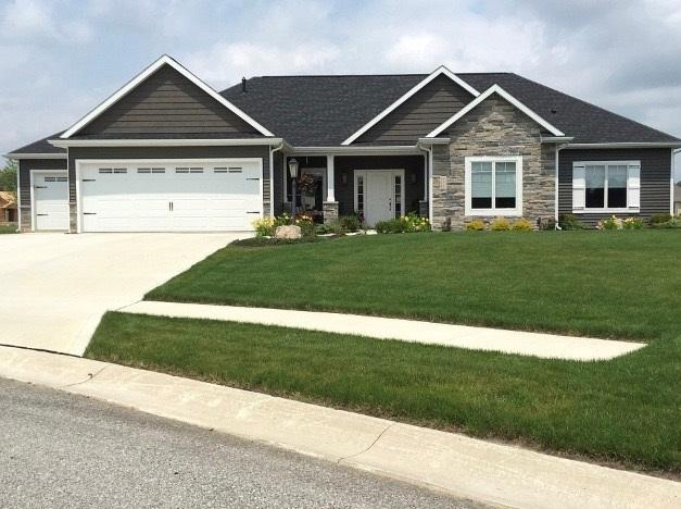 9147 Casey Place, New Haven, IN 46774 (MLS #201802483) :: Parker Team