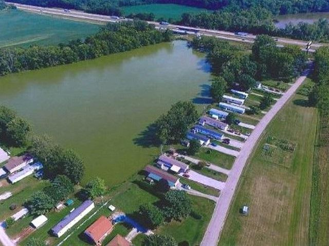 5486 S Old State Road 103, New Castle, IN 47362 (MLS #201810227) :: The ORR Home Selling Team