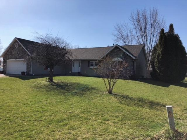 9435 E Park, Cromwell, IN 46732 (MLS #201813032) :: The ORR Home Selling Team